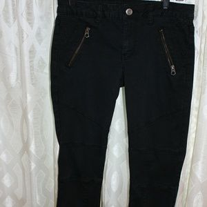 AEO black skinny motorcyle style jeans with panels